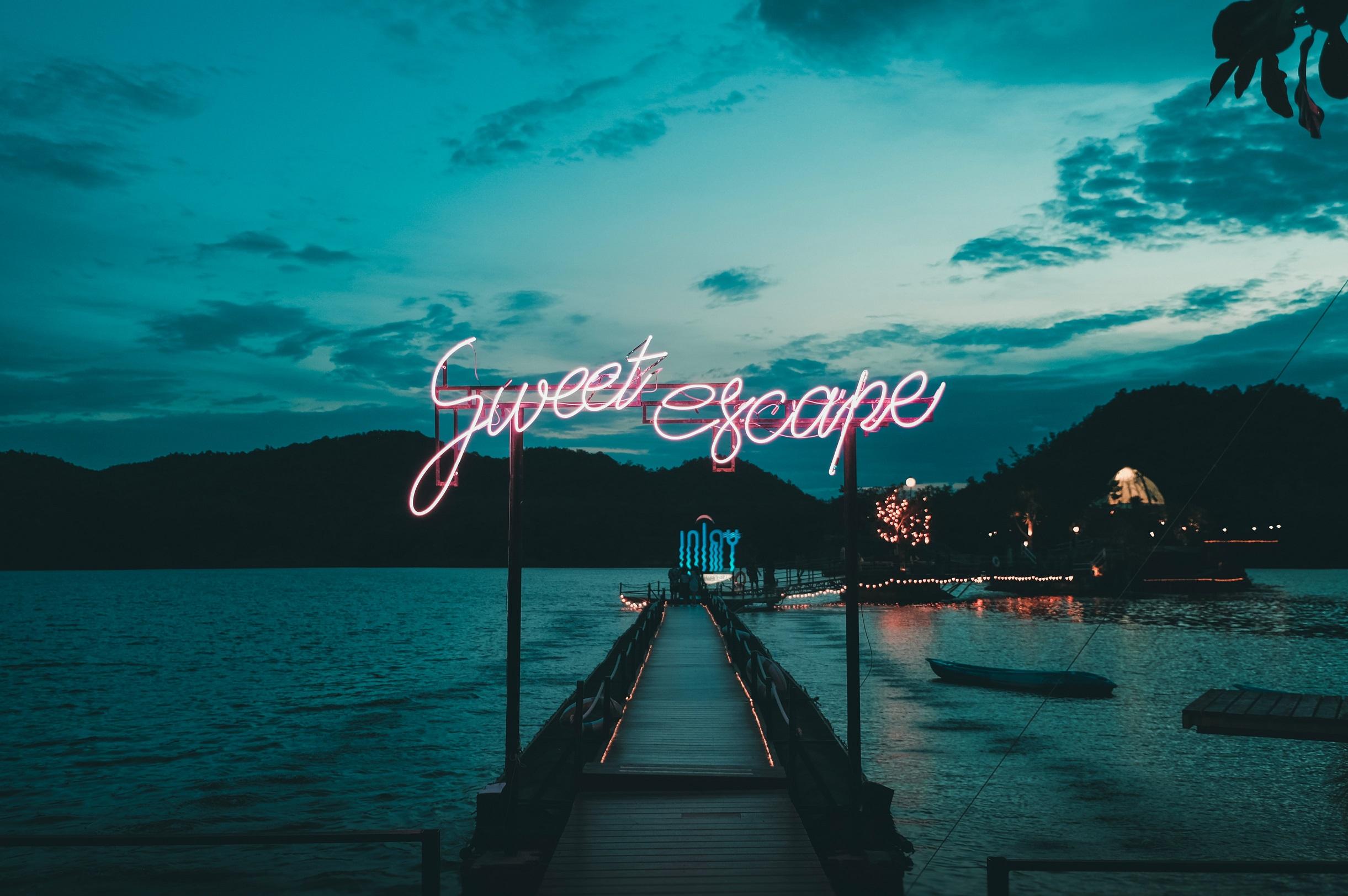 """Sweet exacpe"" photo by Yuiizaa September on Unsplash"